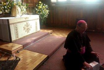 Bishop (1)